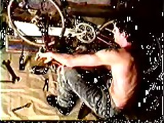 Vintage: Simon Rex - Bike Shop