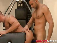Pump It Hard (Uknakedmen 95)