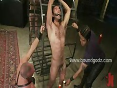 Leo Forte Gets A Cum Shower From Master Avery