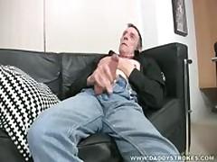 Geoff Wanks Off To Porn