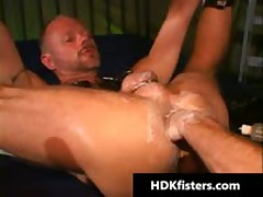 Gratis Very Extreme Queer Fisting Videos 5 By HDKfisters