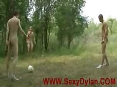Twinks Like Play Nude Outdoor