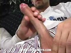 Sucking Bicho