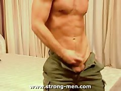 Horny Muscle Stud