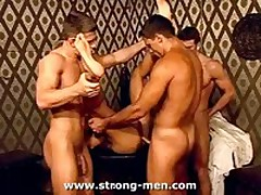 Orgy Muscle Guys