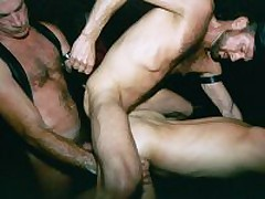 Dungeon Daddies Fuck Party