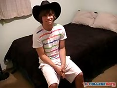 Hot Str8 Guy'S First Jackoff Video