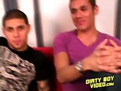 Str8 Guy Goes Gay