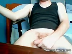 Twink Aaron Jerking Off To A Cam 1 By Yummytwinks