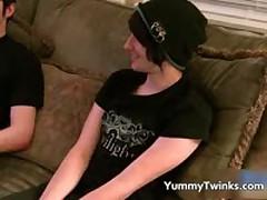 William Takes Aron'S Web Cam-Cherry 1 By YummyTwinks