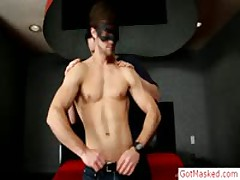 Young Muscled Stud Gets Cock Sucked By Gotmasked