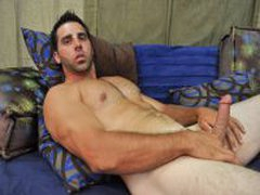 Hairy Str8 Dude Shows Off His Meat