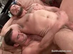 str8 Beautiful Stud Has First Time Gay Sex With A Really Hot Bodybuilder.