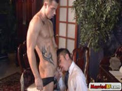 Super Muscle Stud Gets Blowjob By Marriedbf