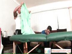 Guy Gets Back Massaged By Fine Massage Pro By Massagevictim