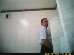 HIDDEN CAMERA 3 OLDER GUY
