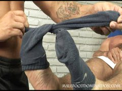 Malefootdomination2