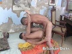 Brazilian Twinks Banging