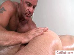 Dude Gets His Nice Anus Rimmed By Gotrub