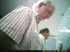 HIDDEN CAMERA OLDER MEN WANK, BIG COCK