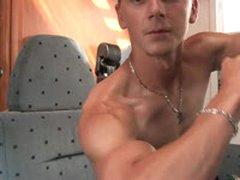Casting - Flexing Biceps