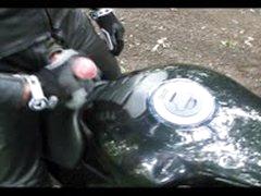 Lederbiker
