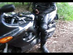 Leathersex To Motorbike