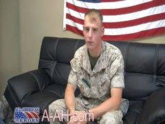 Marine Jacks It