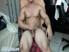 Sweaty Muscle Worship N Cock