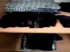 Piss Closet Kleiderschrank