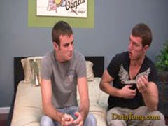 Uncut Top Pounds Bigdicked Twink