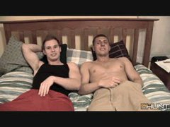 Straight Dudes Make Out