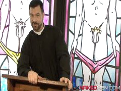 Priest (Uknakedmen)