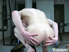 Criss Straight And Cum Workout
