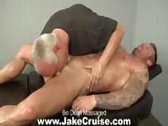 Bo Dean Massaged