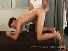 Roman Lysacek - Massage