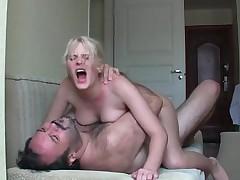 Порно со старыми блондинками