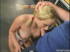 porno-onlayn-pristayut-v-avtobusah