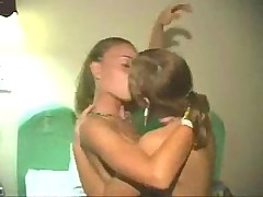 Лесбиянки Девушки