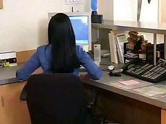 Секретарши в Офисе