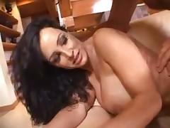 lizhet-popku-porno-video-onlayn